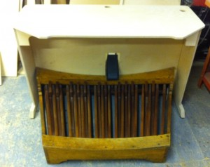 Geoff's organ console table