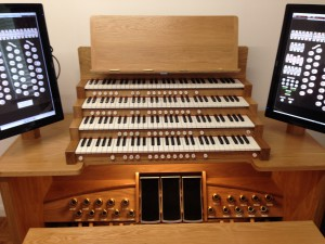 4M Clayesmore Console